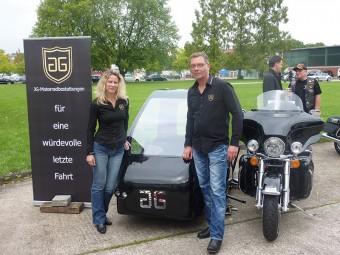 Motorradbestatter_Eva & Jörg Grossmann