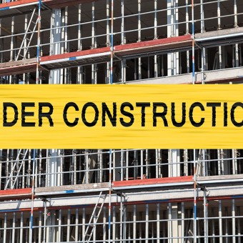 under construction aufschrift